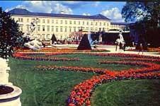 Schloss Mirabell ミラベル宮殿