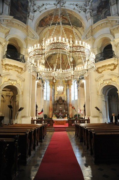 チェコウエディング 聖ミクラーシュ教会挙式 R.S様・S.Sご夫婦